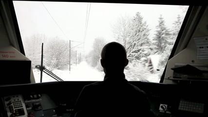 train sous la neige 3