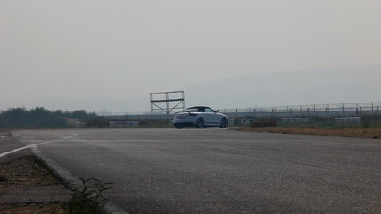 Car on track - edit cut
