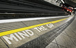 MIND THE GAP - 28559684