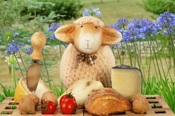 Pecora in campagna con formaggi