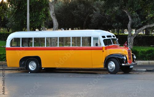 Leinwanddruck Bild La Valette Malte - Bus