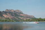 ski nautique sur le lac de l'Aréna à Roquebrune sur Argens