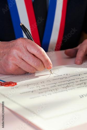 signature de maire - 28608400