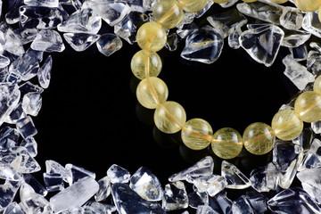 金針水晶のブレスレット/さざれ水晶(中央に黒スペース)-3-