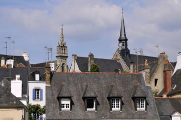 Toits et clochers à Auray dans le Morbihan en Bretagne - France