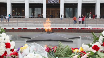 eternal fire of monument to unknown soldier, Moscow