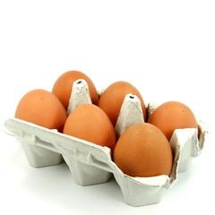 6 braune Eier in Schachtel