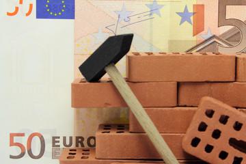 euro mit backsteine