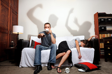 Domestic abuse shadow play; family and social issue