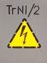 Danger arrow - electricity!