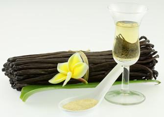 gousses sucre vanillé et liqueur de vanille