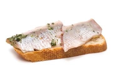 Matjes-Filet auf Weissbrot
