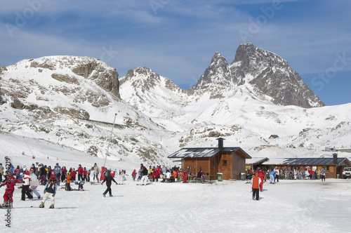 Estación de esquí de Aramón Formigal (Huesca, España) - 28794219
