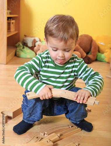 spielendes kind im kindergarten von kaarsten lizenzfreies. Black Bedroom Furniture Sets. Home Design Ideas