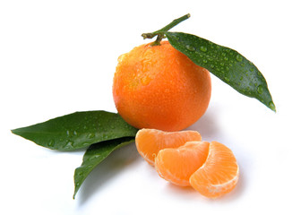 clementines with segments with drop