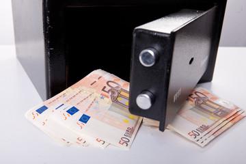 Geld im Safe