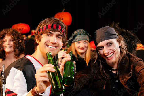 Party zu Fasching oder Halloween