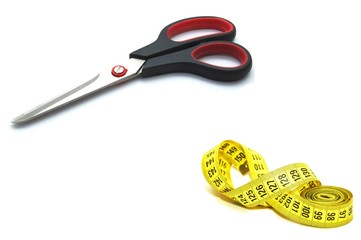 Scissors with measuring tape