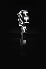 black 50s 60s microfono