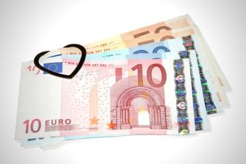 5 Geldscheine mit Klemme