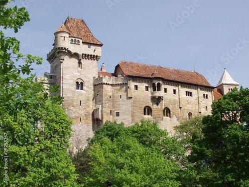 Замок Лихтенштейн в Австрии
