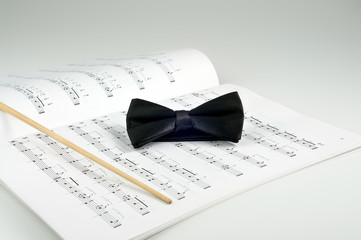 Conductor bow tie and music