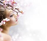 Fototapety Beautiful Girl with flower