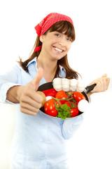 Daumen hoch für frisches Gemüse und Zutaten Frau beim kochen