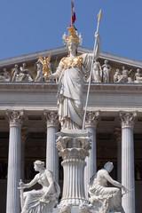 Pallas Athene vor Wiener Parlament