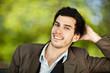 homme caucasien / européen sourire