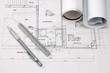 建築図面  ペンと三角スケール