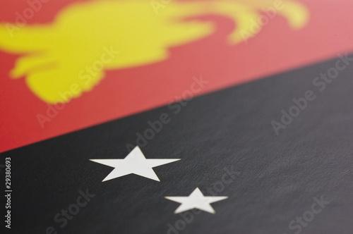 パプアニューギニアの国旗のアップ