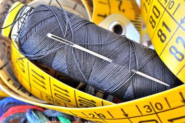 Ago e filo di cotone