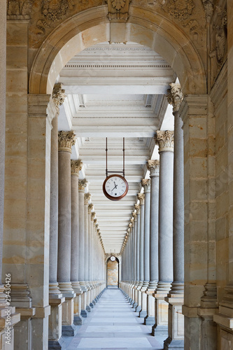 Fototapety, obrazy : Classical colonnade in Karlovy Vary, Czech Republic