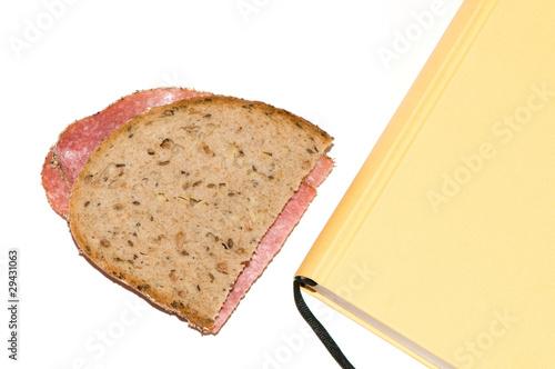 Brot mit Buch