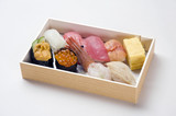 Sushi lunch box-1