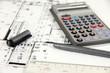 Bauplan Hausbau mit Taschenrechner