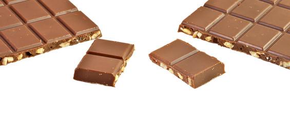 Chocolate con leche y almendras.