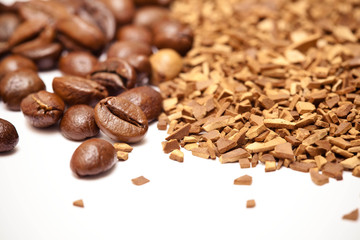 soluble coffee and coffee beans