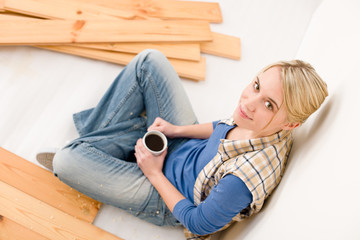 Home improvement - handywoman coffee break
