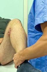 Manipolazione manuale al ginocchio