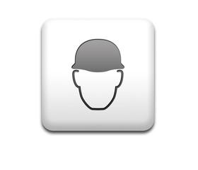 Boton cuadrado blanco casco obligatorio