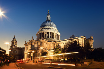 St. Paul1s Cathedral. London at night