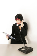 Business Frau am Telefon