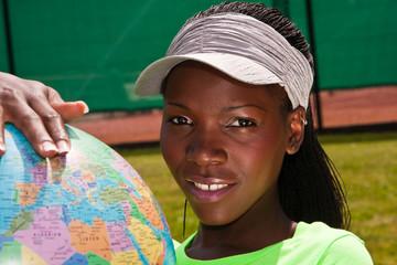 Afrikanerin mit Weltkugel, African with globe