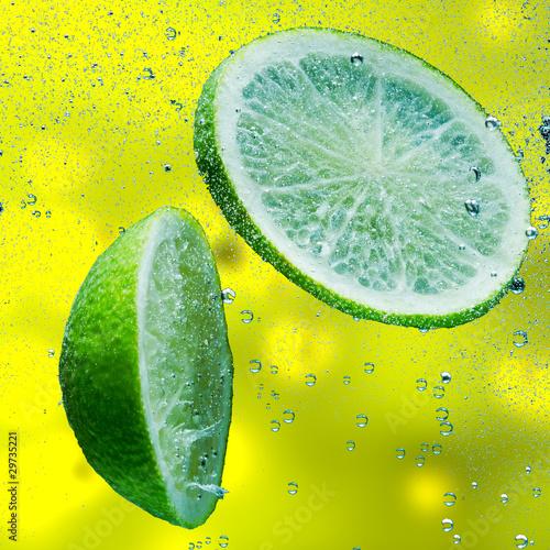 Leinwanddruck Bild fruit splash