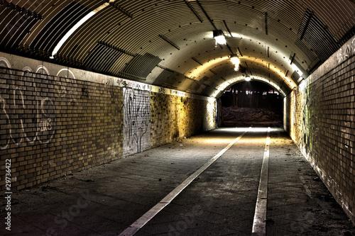 Leinwanddruck Bild Tunnel