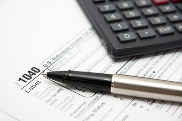 Filling in u.s. individual tax form 1040