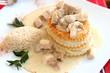 Königinpastetchen mit Ragout  und Reis