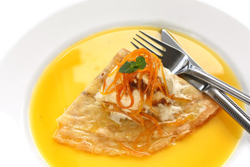 crepes suzette , french dessert